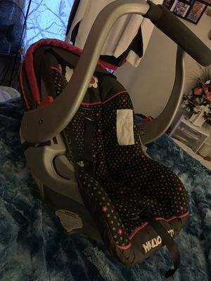 Infant car seat for Sale in Grove City, OH