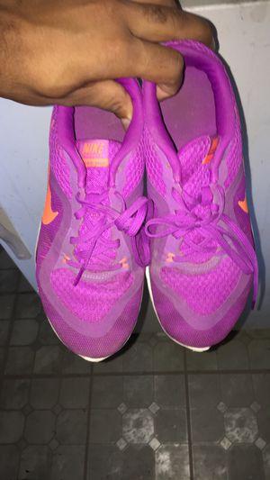 Women's Nike Shoe for Sale in Riverside, CA