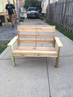 Well made outdoor patio pallet loveseat for Sale in Parma, OH