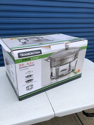 Tramontina oval chafing dish-New for Sale in Sachse, TX