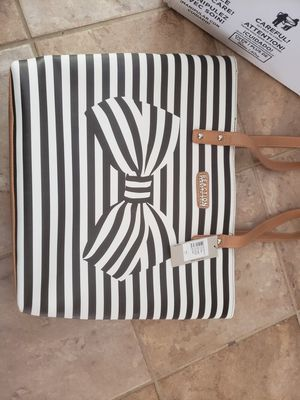 Kenneth Cole Tote NEW with Tags for Sale in Spokane, WA