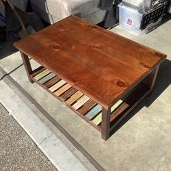 Coffee Table for Sale in Aloha,  OR