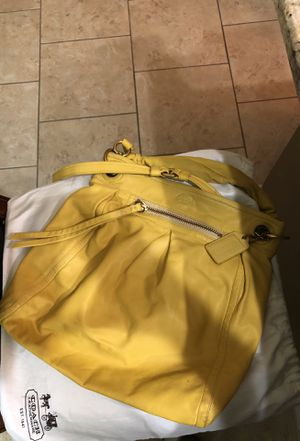 Coach women large Hobo bag for Sale in Winter Springs, FL