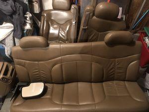 2001 gmc parts. Seats, Center console, front bumper etc for Sale in Tacoma, WA