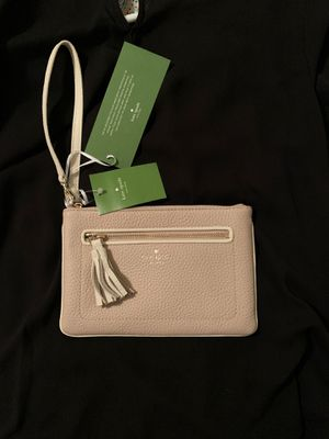 Kate Spade wristlet/wallet. Brand new. Big enough for phone and car keys. for Sale in Bakersfield, CA