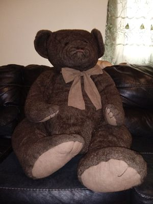 Giant teddy bear for Sale in North Chicago, IL