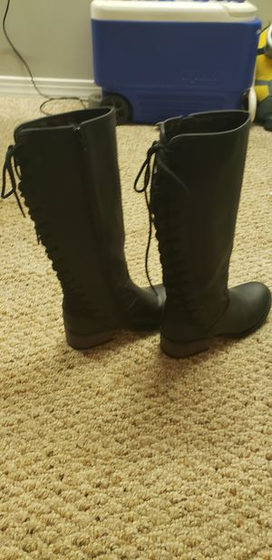 Girl boots Size 4 for Sale in Winchester, VA