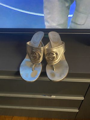Authentic Gucci heels for Sale in Queens, NY