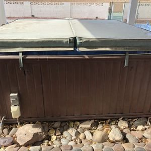 Used Hot Tub for Sale in Las Vegas, NV