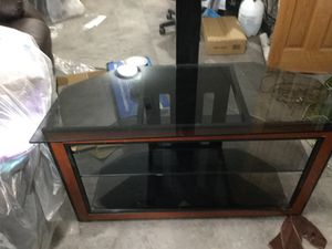 Tv stand holds up to 50 inch 100 buck cash only Wichita KS serious buyers for Sale in Wichita, KS