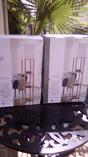 Floor lamp with shelves for Sale in Fontana, CA