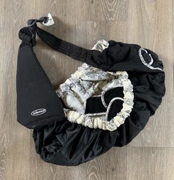 Infantino Baby sling for Sale in Brandon,  FL
