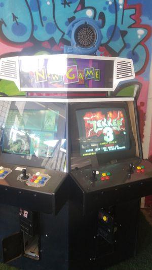 Double monitor arcade w/ tekken & all street fighters for Sale in Glendale, AZ