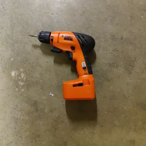 Black & Decker 7.2 Volt Drill (no charger) for Sale in Sumner, WA