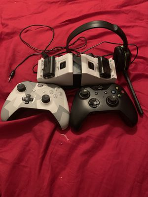 Xbox One Accessories for Sale in Mitchell, IL