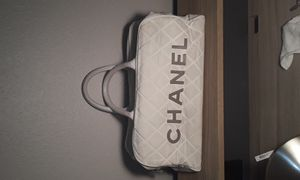 Authentic white Chanel bag for Sale in San Diego, CA