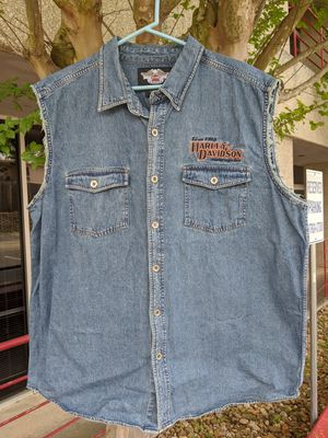 2XL. Harley-Davidson denim mens vest. Fantastic embroidery work. 2-sided. Great classic piece. for Sale in San Antonio, TX