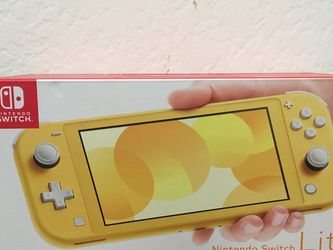 Yellow Nintendo Switch Lite for Sale in Los Alamitos,  CA