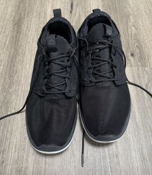 Black nikes men's size 10.5 tennis shoes sneakers for Sale in Seattle, WA