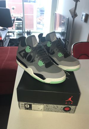 "Air Jordan 4 Retro ""Green Glow"" Size 9 men for Sale in Nashville, TN"