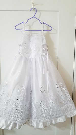 Baptism size 3 dress for Sale in Los Angeles, CA
