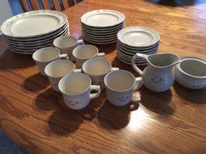 Pfaltzgraff Heirloom Dinnerware Set for Sale in Glenmont, NY