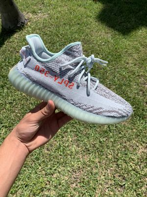 Yeezy Boost 350 V2 Blue Tint for Sale in Miami Beach, FL