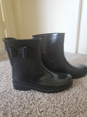 Jessica Simpson rain boots size 7 for Sale in Las Vegas, NV