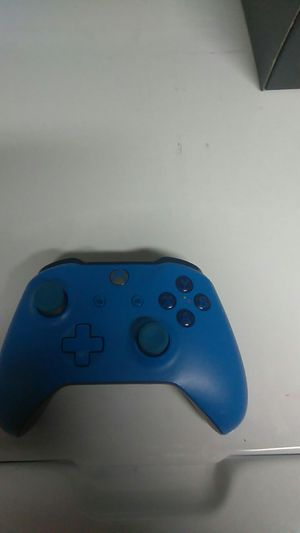 Controller for Sale in Lakewood, CA