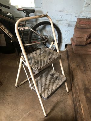 Free stool for Sale in Tacoma, WA