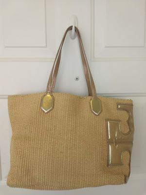 TORY BURCH Metallic Straw Lined Tote Shoulder Bag Tan Gold Tone for Sale in Delray Beach, FL