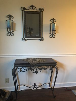 console table with mirror for Sale in Nashville, TN