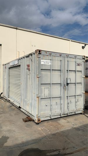 20' storage container with roll up side door for Sale in Ontario, CA