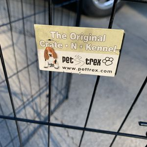 Deluxe Dog Exercise Pen DAMAGED for Sale in Stockton, CA