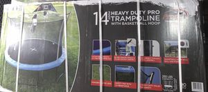 14 ft trampoline New for Sale in Colton, CA