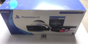 Ps4 vr skyrim bundle plus games and extras for Sale in Gaithersburg, MD