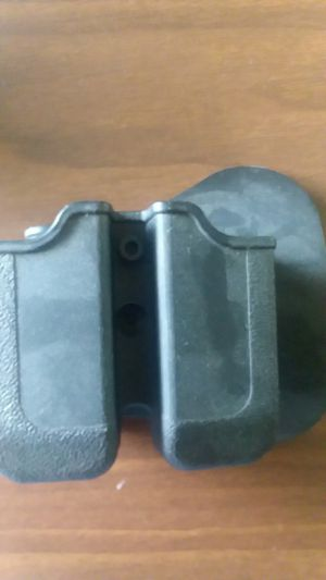 Glock 26 mag holster for Sale in Harrisonburg, VA