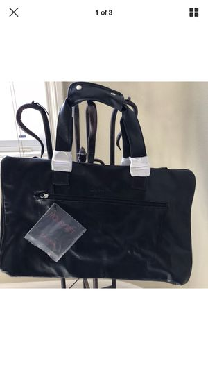 1 Calvin Klein handbag gym bag brand new with tags for Sale in Mission Viejo, CA