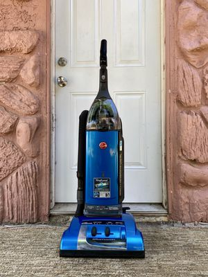 Hoover Windtunnel HEPA Vacuum Cleaner w/ attachments for Sale in El Cajon, CA