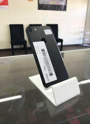iPhone 7 128gb black mate for Sale in Las Vegas, NV
