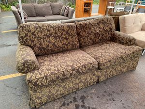 Brown/gold brocade vintage sofa for Sale in Ashland, OR