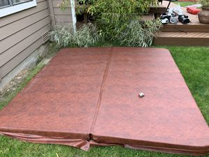 Hot Tub Cover (Like New) for Sale in Maple Valley, WA