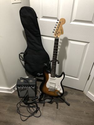 Squier Strat Guitar and Amp for Sale in Chicago, IL