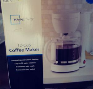 Main stays 12 cup coffee maker for Sale in Wichita, KS
