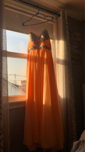 Prom dress for Sale in Buffalo, NY