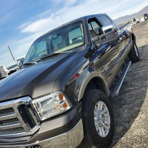 2005 ford f350 Lariat 4x4 for Sale in Los Angeles, CA