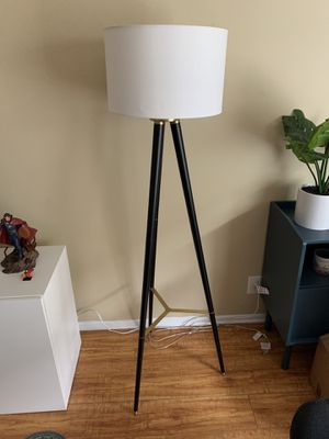 Fabric Shade Floor Lamp Black & Gold for Sale in Los Angeles, CA