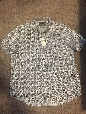 Michael Kors button up T-shirt SIZE: XL for Sale in Hendersonville, TN