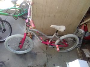 Girls 20 inch heart's BMX bike for Sale in Salt Lake City, UT