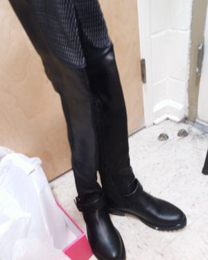 Caterine Leather thigh-high boots SIZE 7 for Sale in Nashville, TN